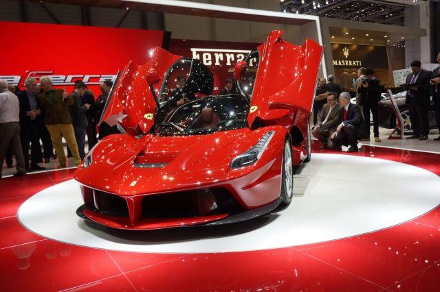 [Resim: alb_65_20_Ferrari-LaFerrari-Ferrari-1%5B5%5D.jpg]
